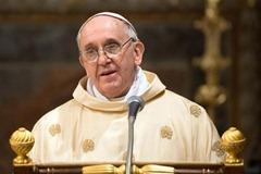 Pape-francois-au-vatican-le-14-mars-2013