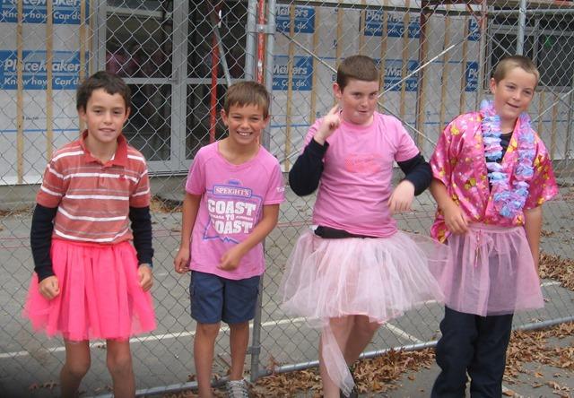 pink-boys-1-MPI