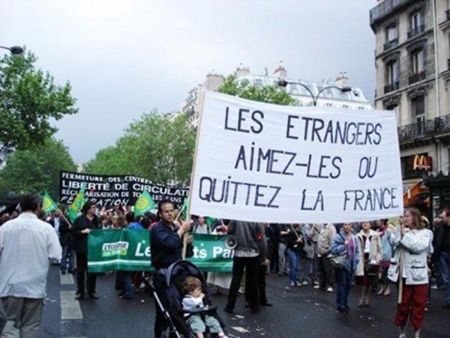 manif anti français